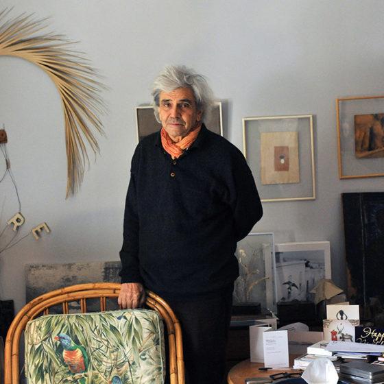 Bernard Plossu, à son domicile à La Ciotat, le 10 février 2021 © Christophe Asso